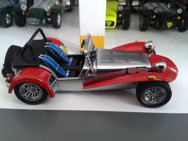 KYOSHO - Caterham Super Seven RED N°03151R - 1